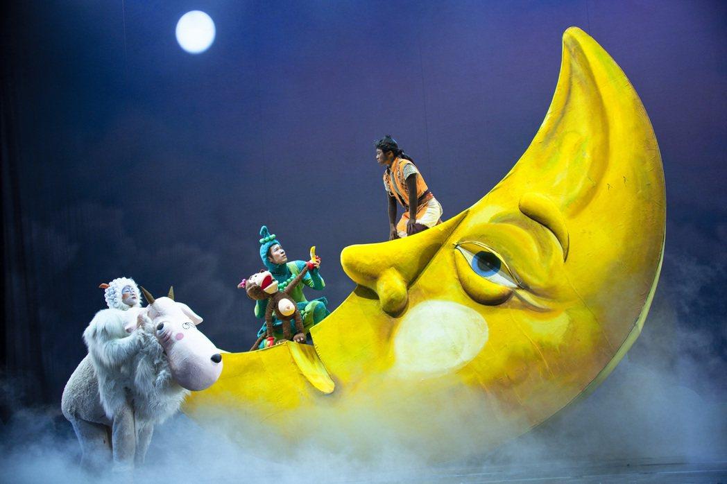 紙風車劇團花費近半年時間籌備的「新月傳奇」,本週五(19日)將在國家戲劇院登場。...