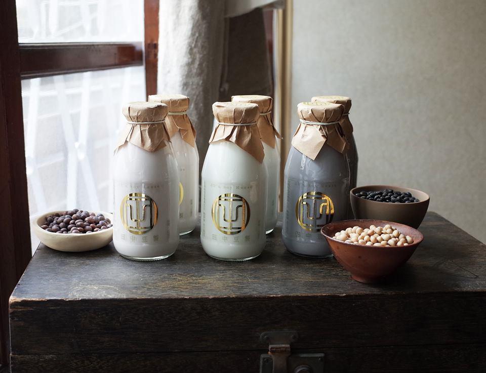 「田中豆製」的豆漿都是師傅直火熬煮。圖/翻攝自田中豆製粉絲團
