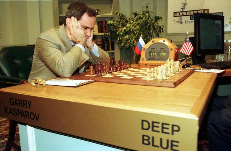 圖為1997年深藍再度挑戰卡斯帕羅夫的畫面,最終深藍擊敗卡斯帕羅夫。 圖/路透社