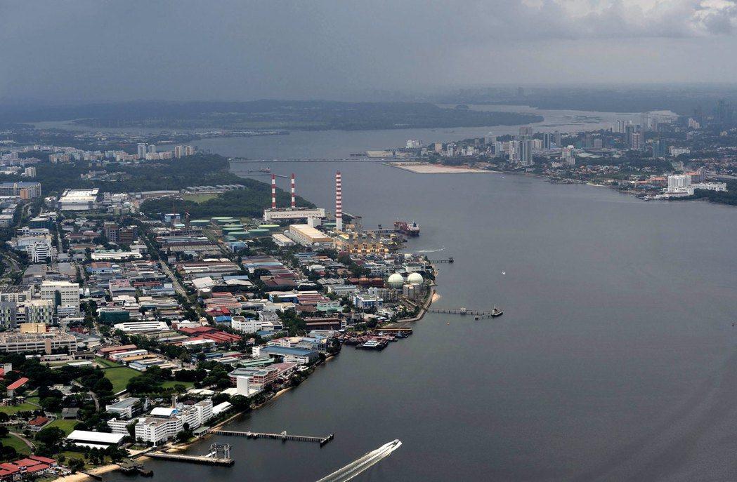 義順在地域上屬於新加坡鄰近馬來西亞的「外環區域」,在形象上一向不如新加坡南方的古...