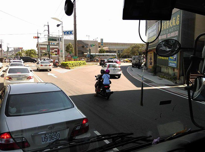 圖片來源/臉書社團「聯結車 大貨車 大客車 拉拉隊 運輸業 照片影片資訊分享團」