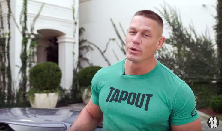 John Cena(網友戲稱江西男/江希娜)來啦!這次不是打摔角,而是來介紹自己的愛車。 截自 Youtube