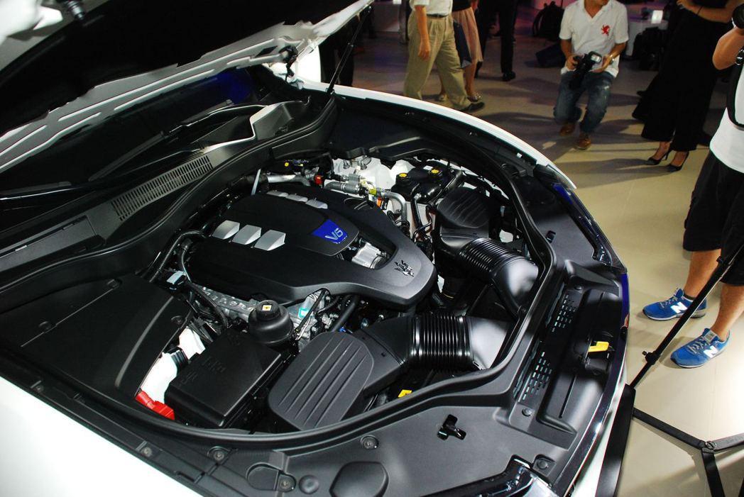 引擎為3.0升 V6雙渦輪增壓汽油引擎,可輸出430hp/580Nm。圖/記者林昱丞攝影
