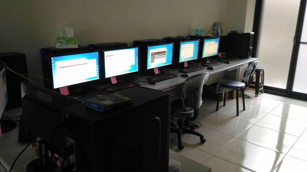 警方搜索賭博網站據點。圖/刑事局提供