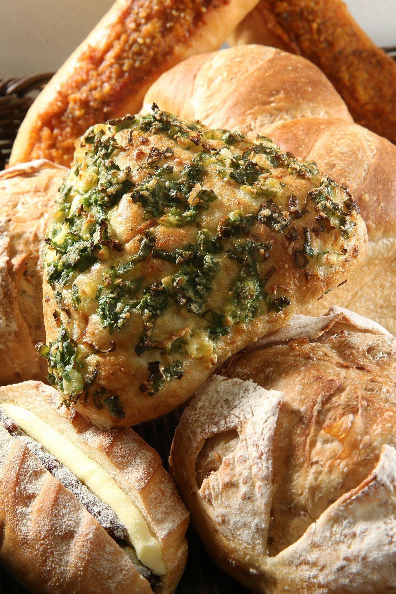 國賓麵包房林口店獨賣法式蔥餅,售價42元。記者陳立凱/攝影
