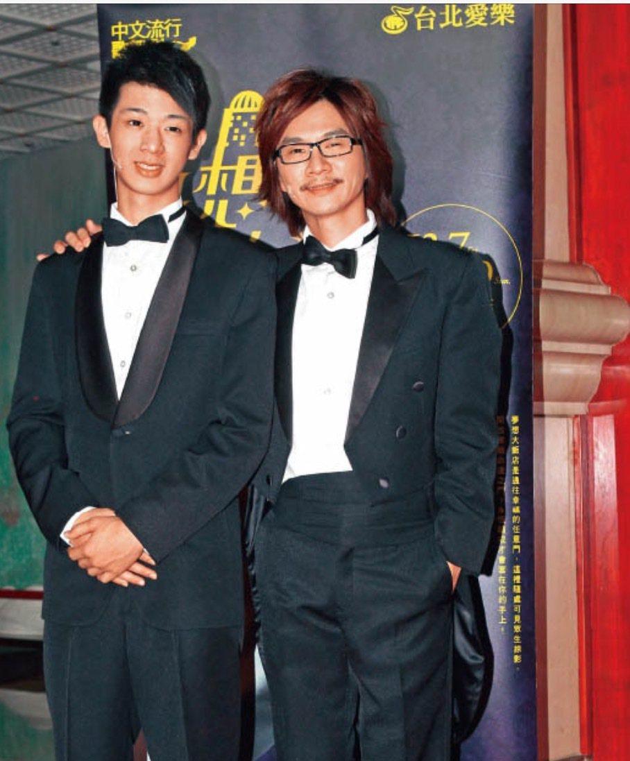 林隆璇與兒子林亭翰合照。圖/青田音樂文化提供