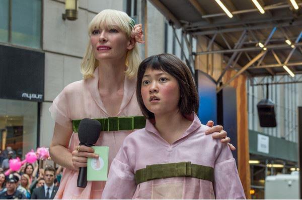 美國串流影音巨擘Netflix投資的原創科幻電影「玉子」(Okja,暫譯)今天在