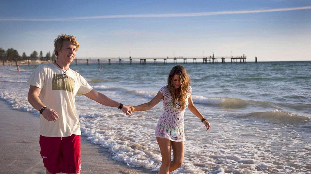・格雷爾美麗的白色沙灘,讓不少人流連於它的美麗風景。(圖/澳洲觀光局)