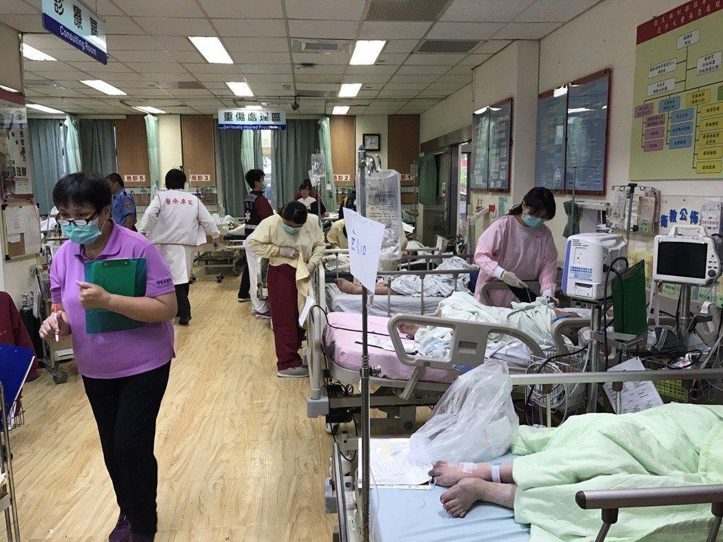 南門護理之家大火,釀成4死50餘傷。 圖/消防局提供
