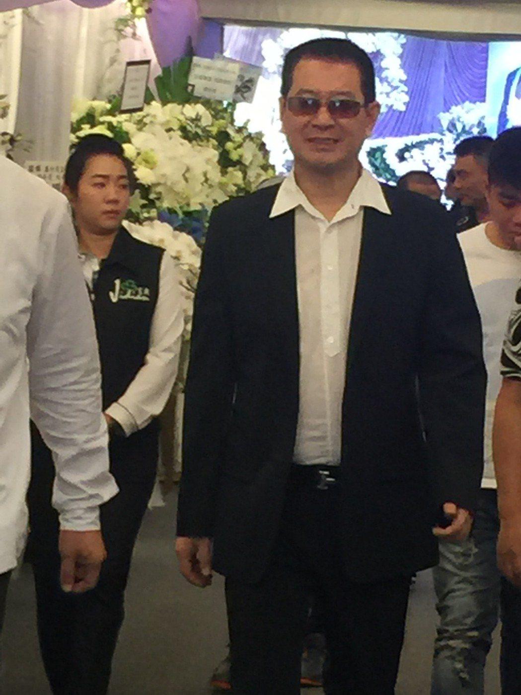 蔡小虎來悼念豬哥亮。記者袁世珮/攝影