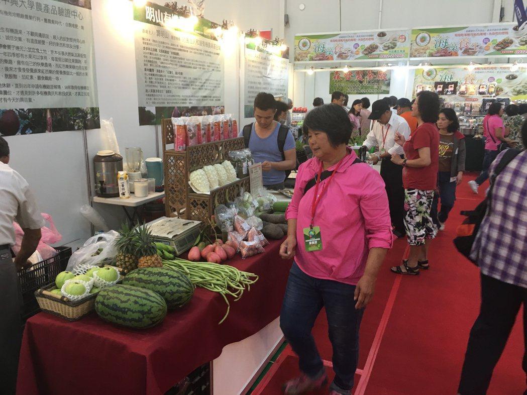中部一年一度最大規模的素食盛會「2017台中素食養生暨健康產業展」在台中...