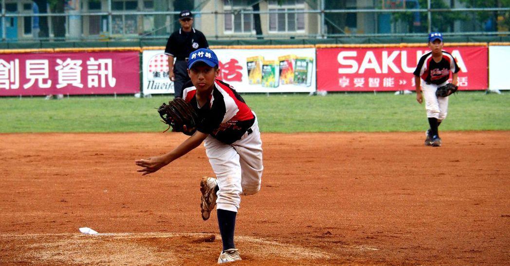 新竹縣先發左投趙佳誠投6局、僅失1分。圖/中華棒球協會提供