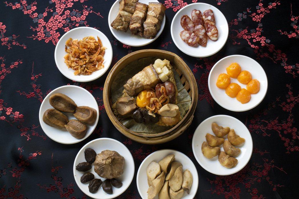 永豐棧酒店阿利海鮮推出「龍王鮑貝粽」,每顆要價460元。 圖/永豐棧酒店提供