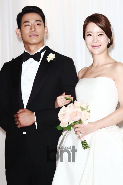 韓國歌手白智英與演員鄭錫元結婚四年得女。 圖/DB