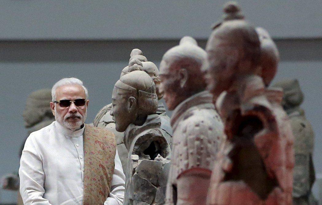日前傳出,斯里蘭卡在印度總理莫迪(圖)親自出馬的壓力下,拒絕中國潛艦的再度訪問。...