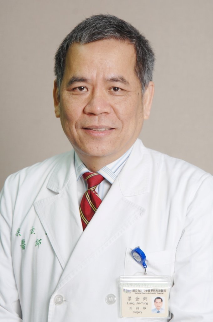 梁金銅呼籲,若確診大腸癌可及早治療,提高存活率。圖/梁金銅提供