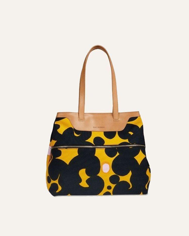 Marimekko印花提包,12,890元。圖/Marimekko提供