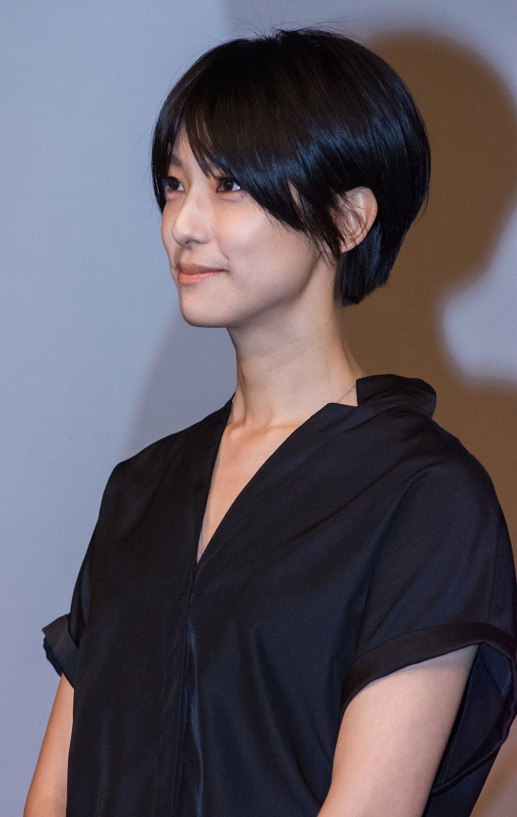 藝人賴雅妍出席「愛上哥們」前進日本記者會。實習記者黃佳舜/攝影