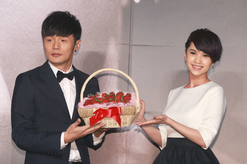 李榮浩(左)與楊丞琳(右)低調交往。 圖/聯合報系資料照