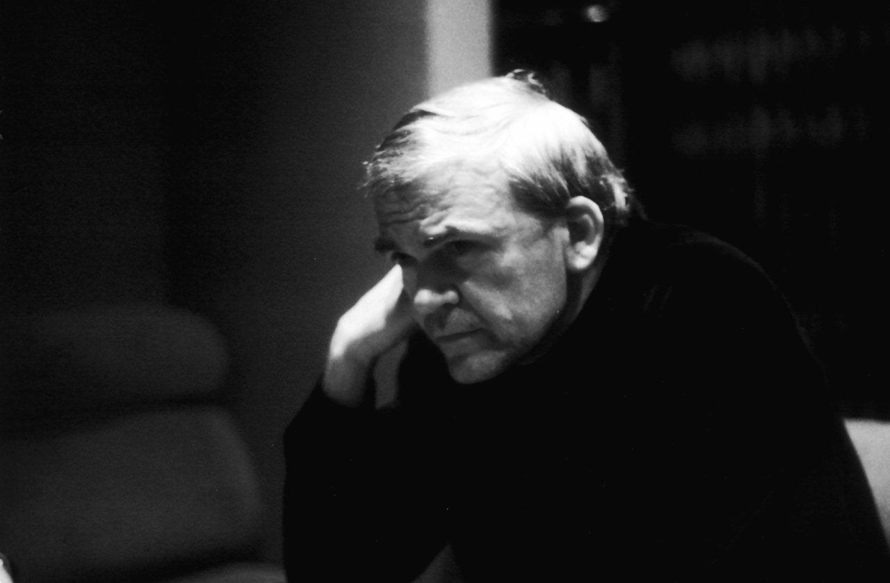 1980年的Milan Kundera。圖/取自 ELISA CABOT