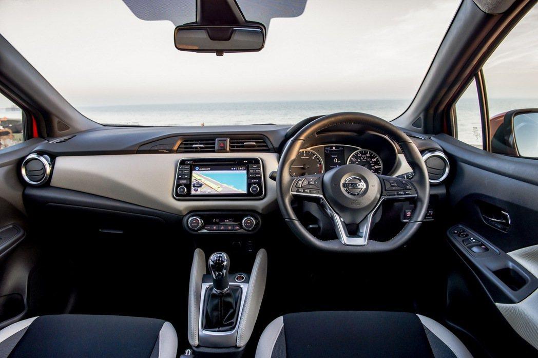 新一代 Nissan March(Micra)在內裝處也更具質感,同時也是同級距...