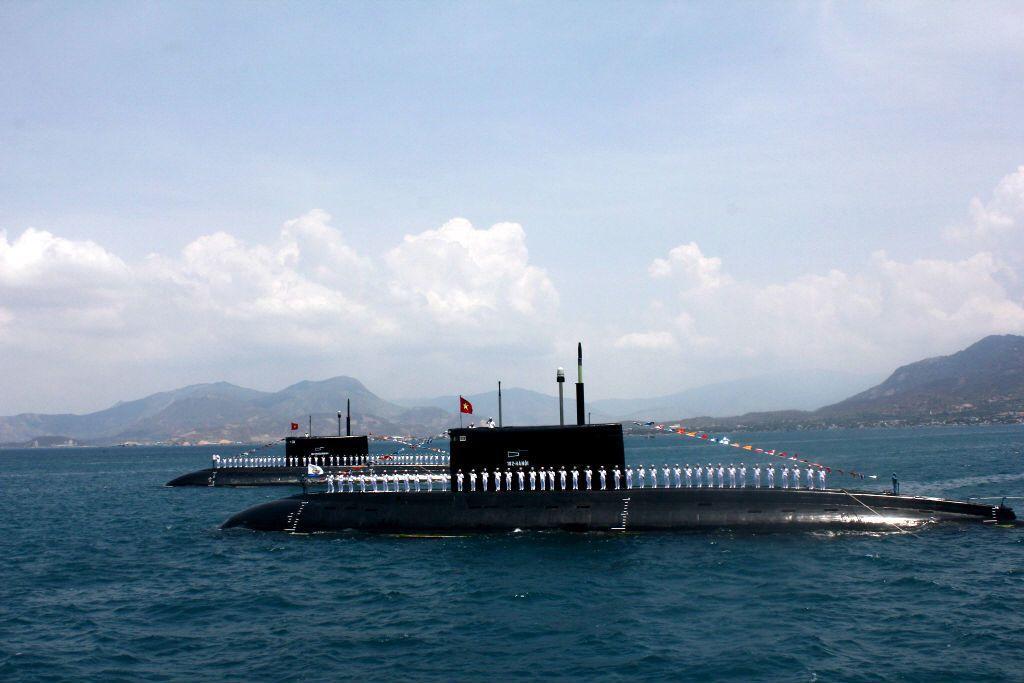為提升阻止敵人奪取制海的海上拒止能力,越南向俄國購買了六艘基洛級(Kilo-class)柴電潛艦。 圖/路透社