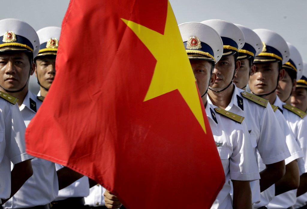 越南在軍售高度仰賴俄國,若俄國在南海問題願意配合中國,對越南的影響甚鉅。 圖/美聯社