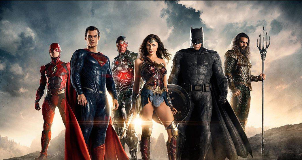 DC電影宇宙年度大片,集結眾多超級英雄的電影「正義聯盟」將於年底上映。圖/華納兄...