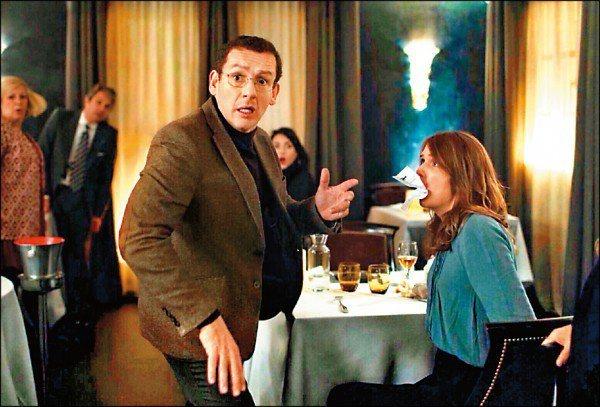 丹尼波恩在「金金計較」演出逗趣,法國開出票房紅盤。圖/海鵬提供