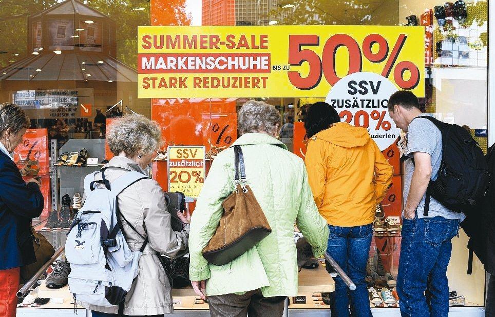 歐元區5月綜合採購經理人指數(PMI)維持在六年高峰,受惠於需求持續升溫,企業界...