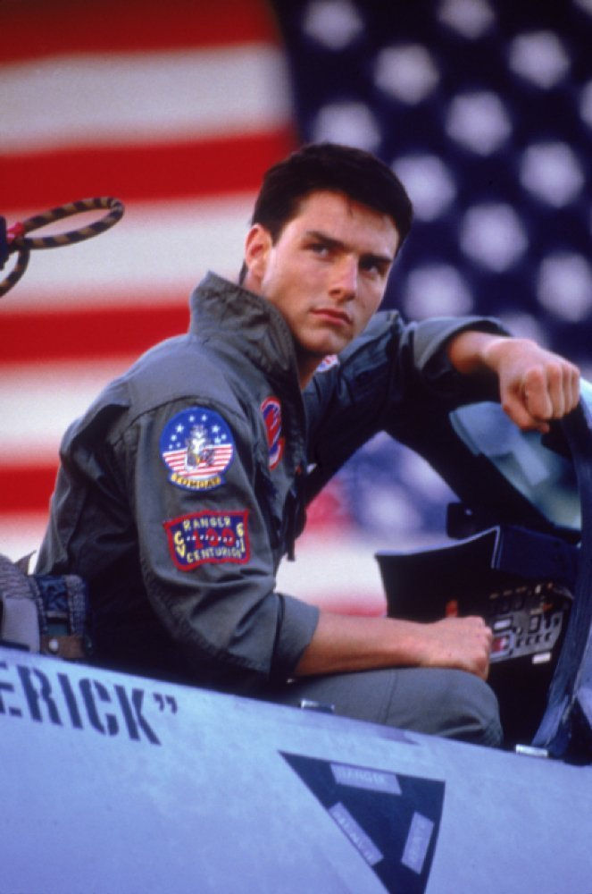 湯姆克魯斯演出「捍衛戰士」時的帥氣飛官模樣。 圖/擷自IMDb