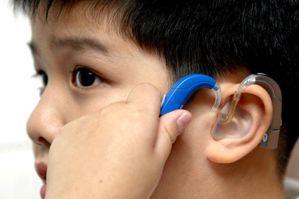 助聽器還是電子耳?聽障者們:我要什麼樣的身體