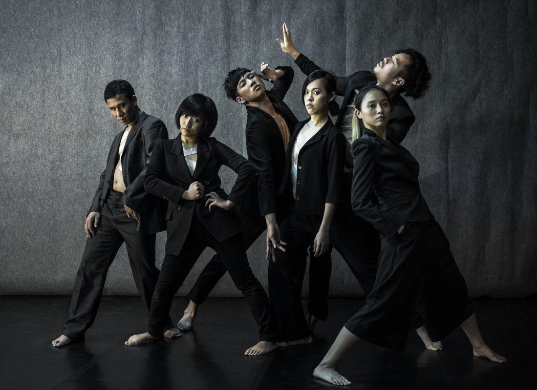 EX-亞洲劇團《生之夜色》 攝影陳少維