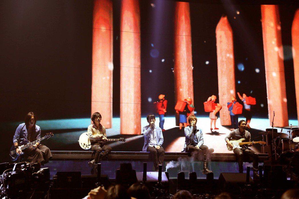 五月天日前在香港開唱。圖/相信音樂提供