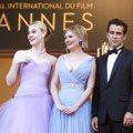 克絲汀鄧斯特、艾兒芬妮穿絕美禮服 正到連柯林法洛都偷瞄!?