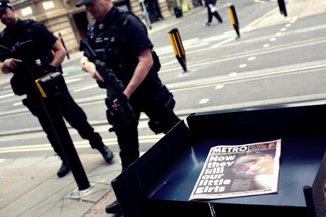 英國警方搜索強度不斷擴大的同時,也公開要求各界「不要擅自公開情資」,並協調英國各...