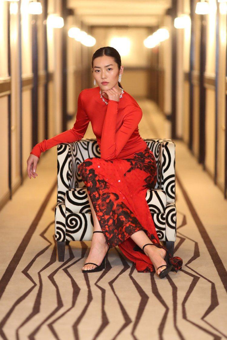 劉雯身穿Givenchy貼身禮服走坎城紅毯。圖/擷自instagram