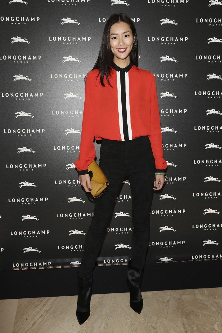 劉雯出席Longchamp旗艦店開幕派對。圖/Longchamp提供