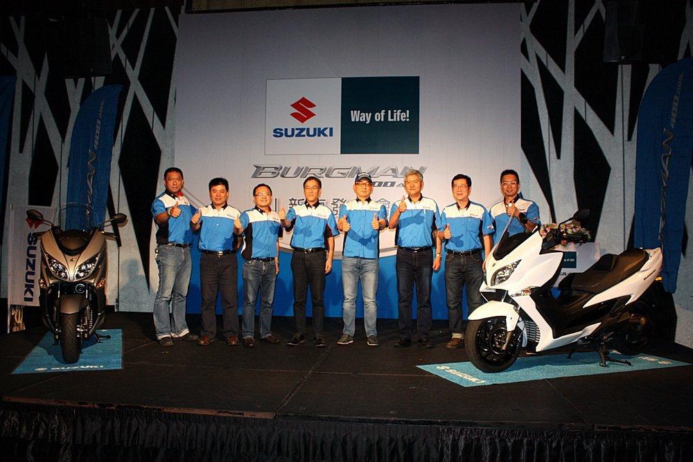 全新大改款Suzuki Burgman 400運動大羊發表,台鈴機車向日本原廠努力爭取,開出漂亮的售價296000元。 記者林和謙/攝影