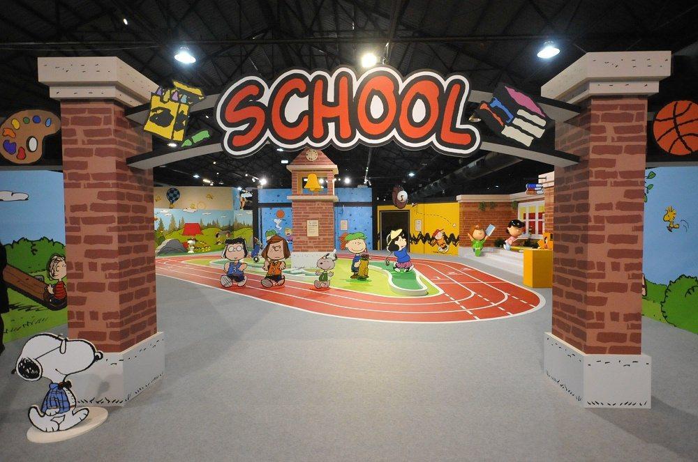 史努比特展校園大門為您敞開。圖/信石媒體、聯合數位文創 提供