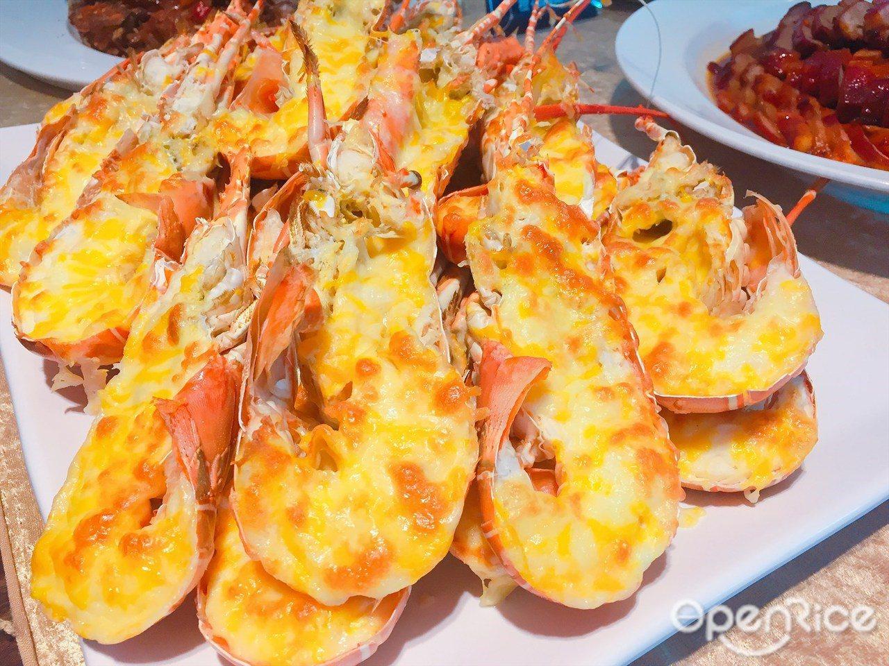 ▲▼龍蝦吃到飽不經多餘調味,只簡單焗烤便可吃出鮮甜