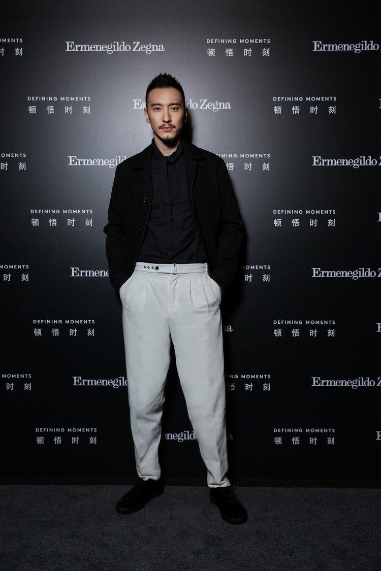 王陽明身穿Ermenegildo Zegna春夏系列服裝,出席品牌的上海活動。圖...