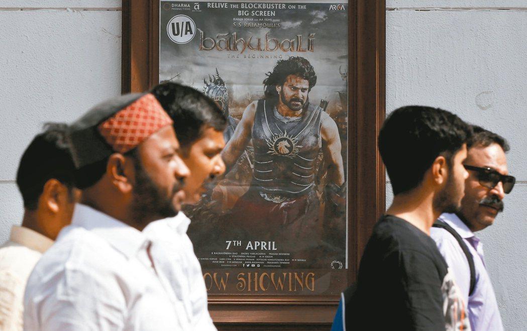 印度年拍上千片電影 100萬人僅6座放映廳