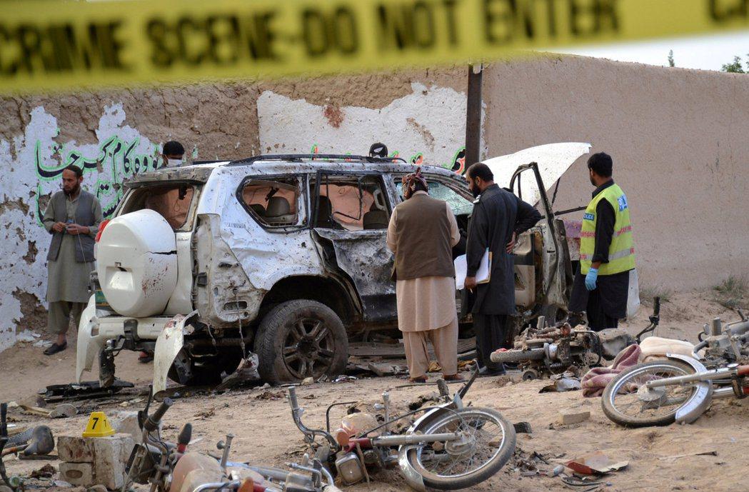 今年五月,巴基斯坦俾路支省的馬斯吞鎮發生自殺式爆炸攻擊,造成二十多人喪生、數十人...