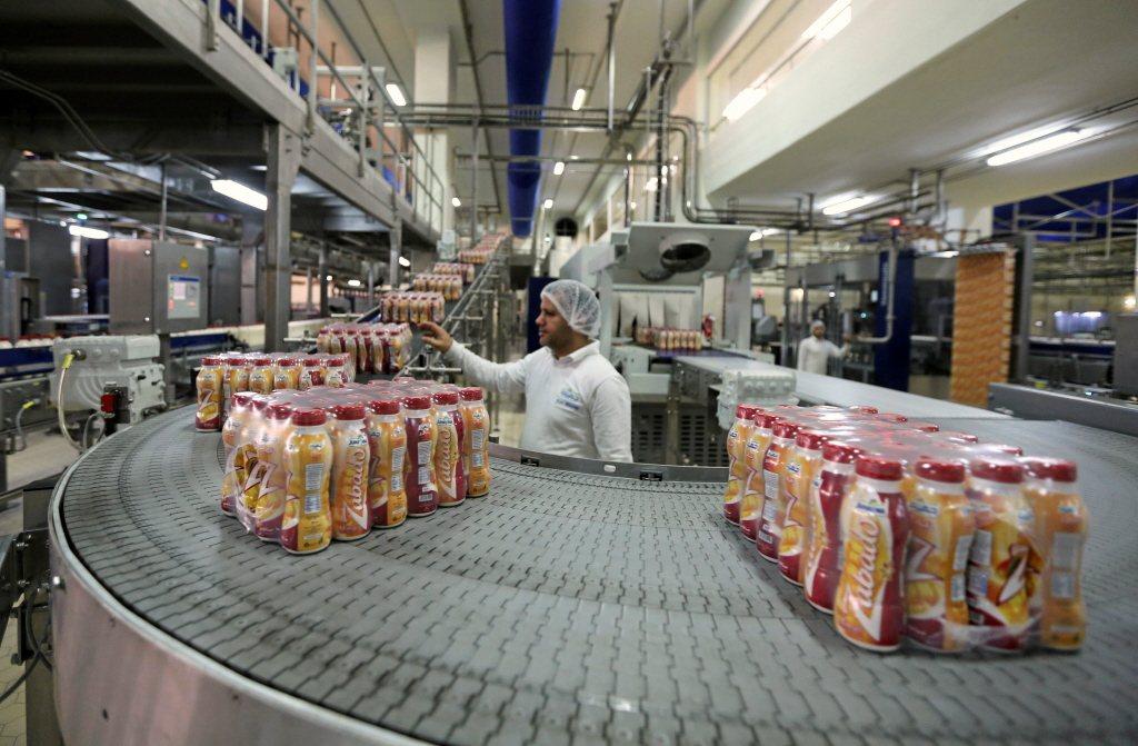 目前全球化的生產行動,消費者與生產者之間的距離,還是繼續擴大中且無法拉近,唯有消...