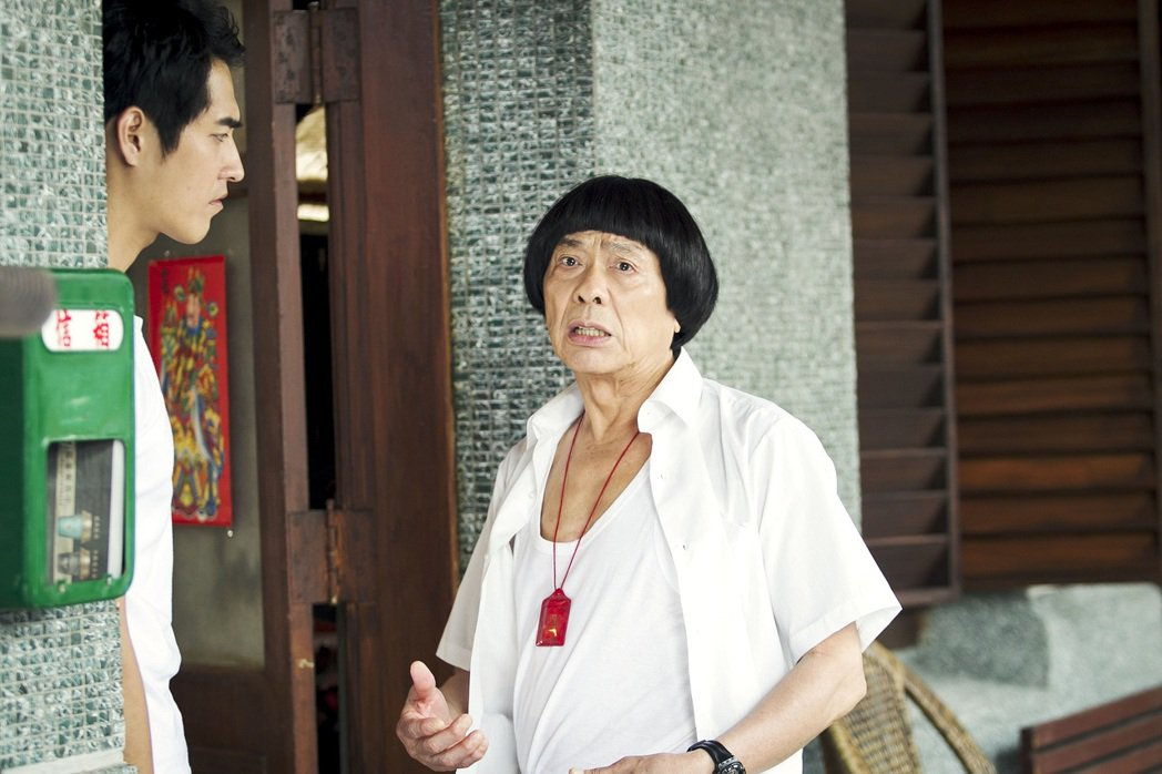 豬哥亮最後遺作「大釣哥」26日起再度於全台上映。圖/華聯提供