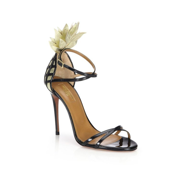 AQUAZZURA的鳳梨跟鞋可愛又性感。圖/取自pinterest