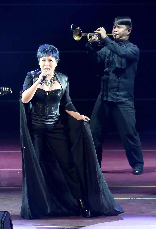 黃小琥昨晚在台北小巨蛋舉辦「狂」演唱會。記者余承翰/攝影