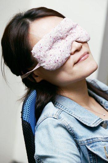 眼科患者中,每3至5人,即有一人是乾眼症患者。 記者曾學仁/攝影