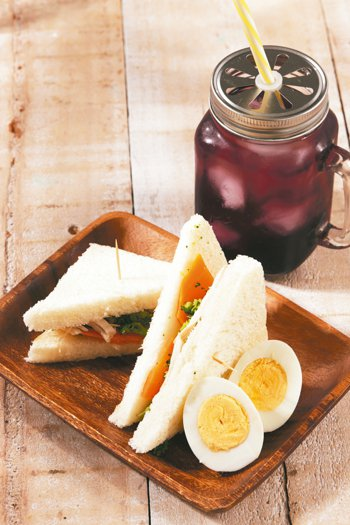 鮮蔬雞肉三明治